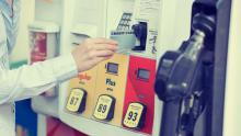 Use your Canadian credit card at a US gas pump
